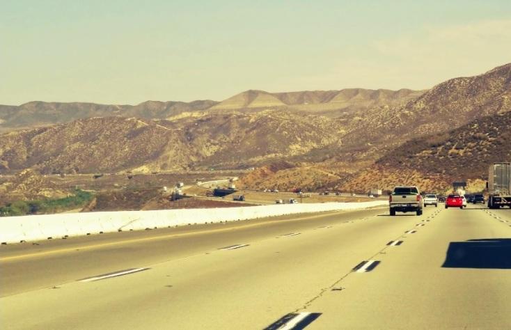Atravessando o deserto entre Los Angeles e Vegas.